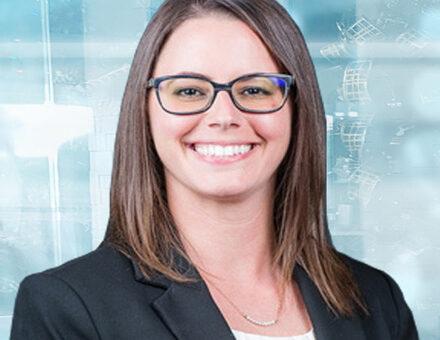 Dr. Captitta Roberts - Ophthalmologist